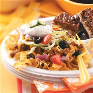 taco-noodle-bake_exps45735_pl1753640d48_rms
